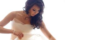 Bride getting ready at Shangri-la Sydney